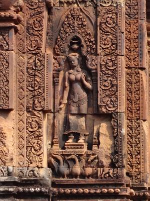 Banteay-Srei-(13).jpg